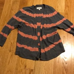 Open front cardigan.